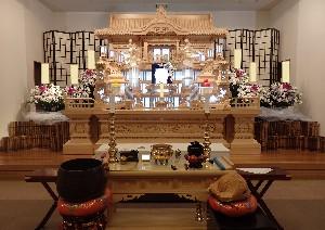 愛川祭壇①